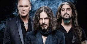 Winery Dogs Captain Love