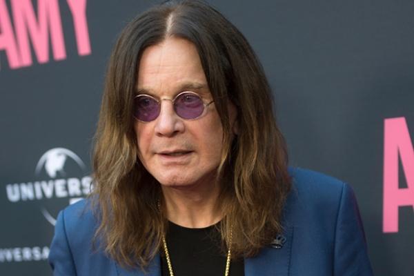Ozzy Osbourne fala sobre aposentadoria e turnê com holograma