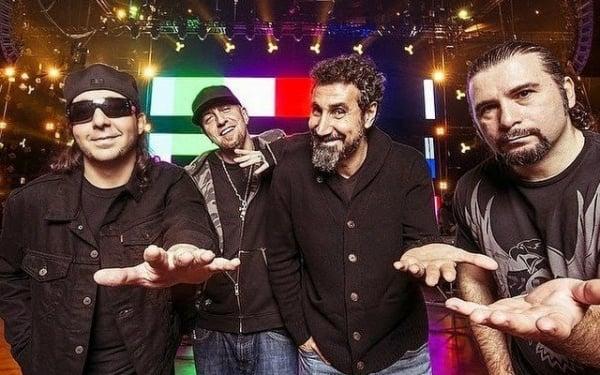 System of a Down: YouTuber toca 66 músicas da banda em 6 minutos