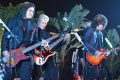 Kiss toca Hotel California dos Eagles