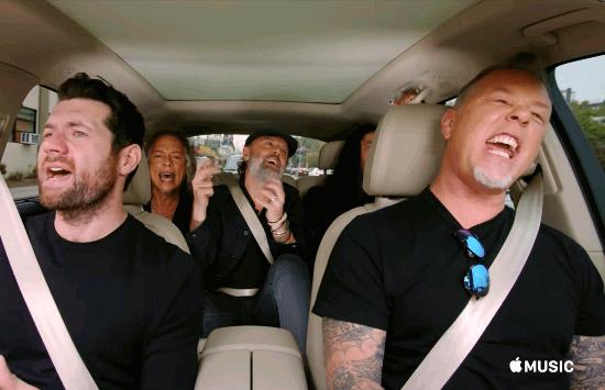 """Metallica canta Rihanna em trailer de """"Carpool Karaoke"""", nova série da Apple"""