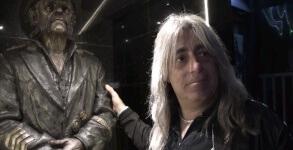 Mikkey Dee Lemmy estátua
