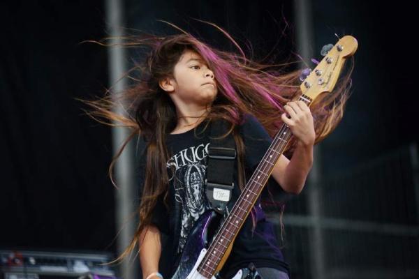 Baixista do Korn não virá ao Brasil, filho de Robert Trujillo o substitui