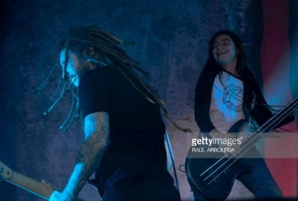 Veja o filho de Robert Trujillo tocando com o Korn