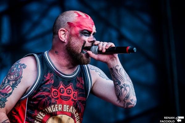 Fotos do Five Finger Death Punch no Maximus Festival 2017