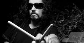 Nick Menza homeageado em video