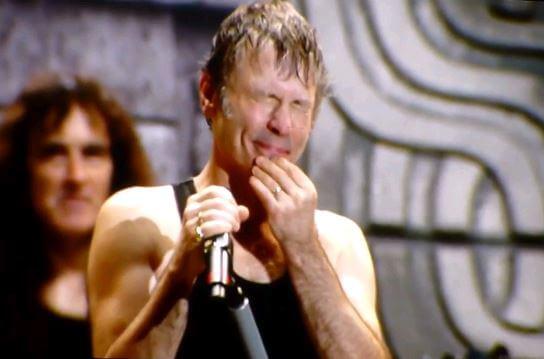 Iron Maiden se emociona com reação de público na Suécia