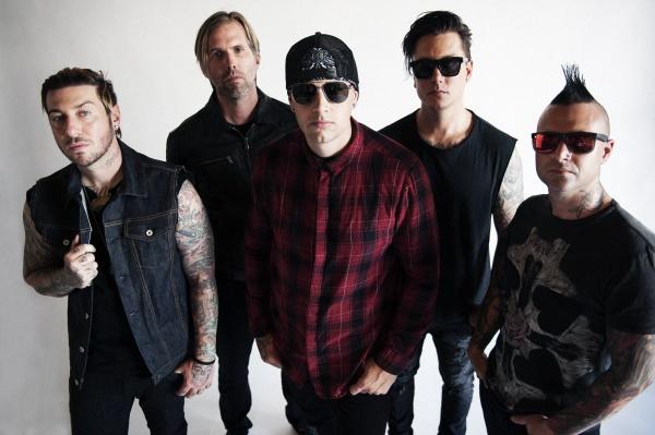 "Avenged Sevenfold lança nova música, ""Dose"""