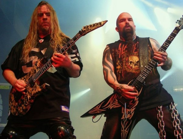 Os 10 melhores riffs do Slayer