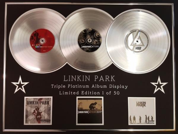 Linkin Park ganha 11 singles de Platina após morte de Chester