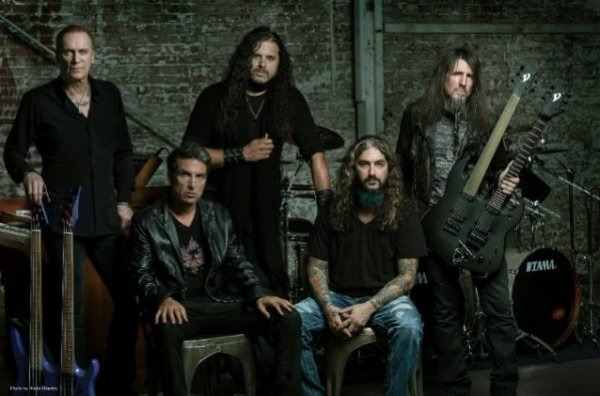 Sons Of Appolo (Portnoy, Sherinian, Soto) lança novo single