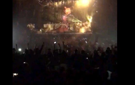 Fãs de Slipknot fazem mosh pit no cinema durante filme da banda
