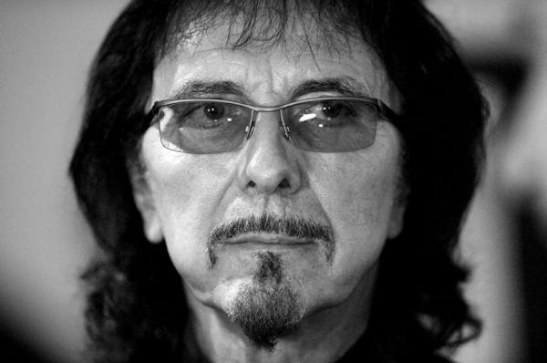 "Tony Iommi: ""Black Sabbath ainda pode fazer alguns shows"""