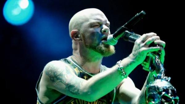 Five Finger Death Punch lançará novo álbum em Maio