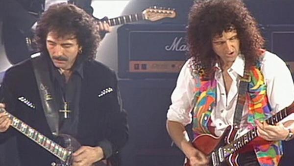 """Vídeo: Queen, Roger Daltrey e Tony Iommi tocando """"I Want It All"""" juntos"""