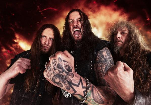 Destruction lança clipe emocionante que resume a história da banda