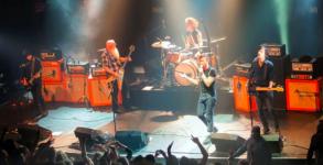 Eagles Of Death Metal momentos antes do atentado ao Bataclan