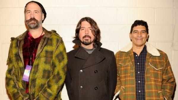 Nirvana: membros remanescentes tocam juntos em festival na Califórnia