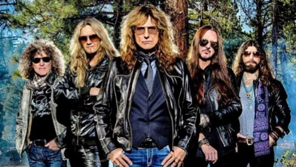 "Whitesnake disponibiliza ""Love Ain't No Stranger"" do novo álbum ao vivo; ouça aqui"