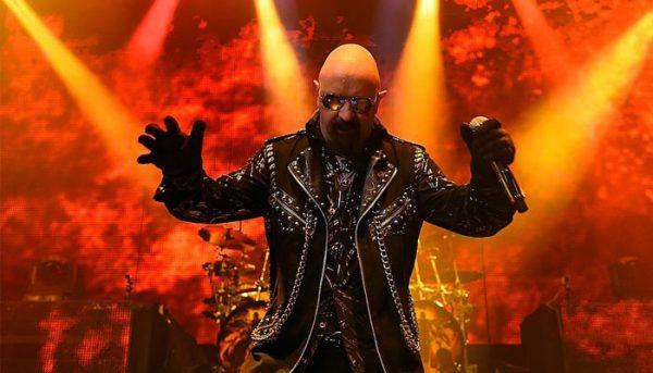 """""""Firepower"""" é eleita a melhor música do novo disco do Judas Priest"""