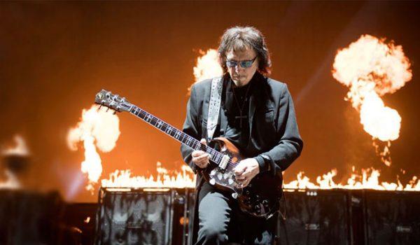 Tony Iommi diz estar espantado que Keith Richards ainda esteja vivo