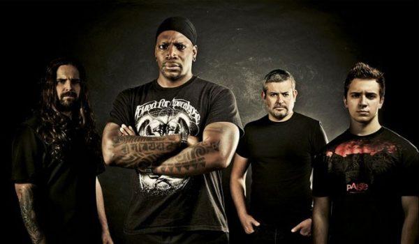 Andreas Kisser diz que Sepultura já tem demos para novo álbum