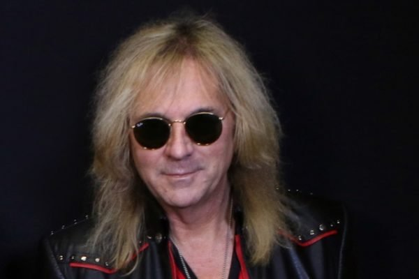Glenn Tipton, guitarrista do Judas Priest, é diagnosticado com Mal de Parkinson