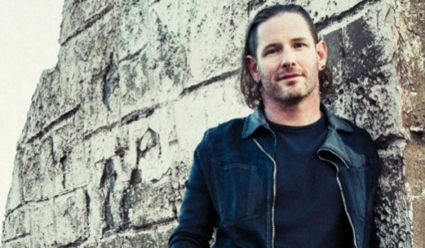 Corey Taylor está compondo novas músicas para o Stone Sour e confirma planos do Slipknot em 2019