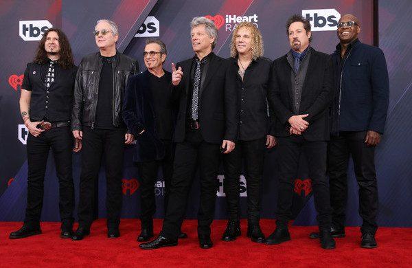 Tapete Vermelho do Rock And Roll Hall Of Fame será transmitido ao vivo hoje pela 1a. vez