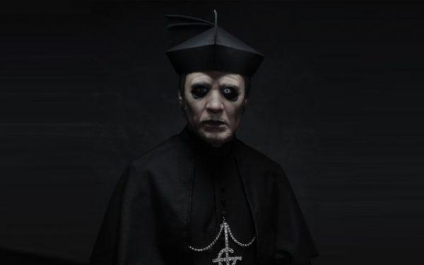 Ghost apresenta novo líder em vídeo, Cardinal Copia