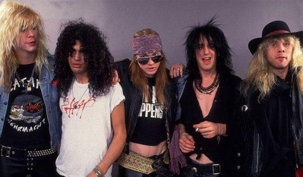 "Guns N' Roses: Clipe de ""November Rain"" bate recorde no YouTube"