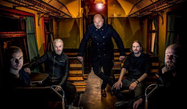 Soilwork está em estúdio e confirma a saída de baixista
