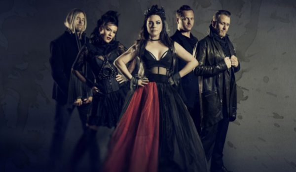 "Evanescence e Lindsey Stirling tocam ""No More Tears"" do Ozzy Osbourne"