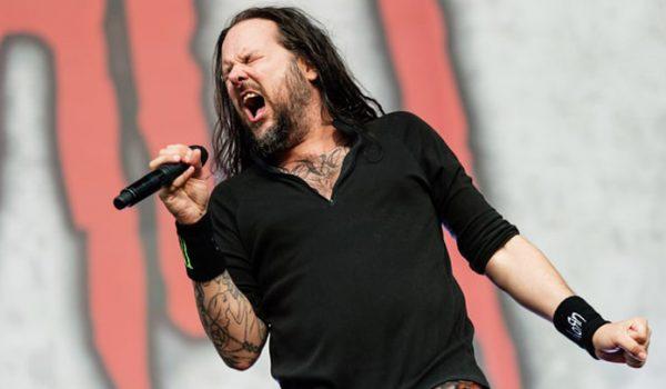 b79e50a2cc Jonathan Davis diz que não haverá um novo álbum do Korn esse ano