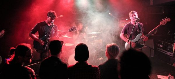 Camden Rocks explica o por quê da Inglaterra ser um polo musical