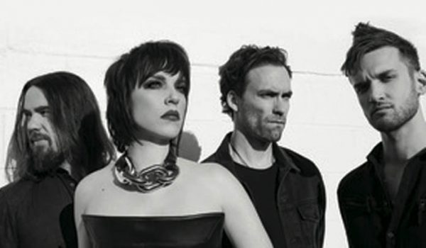 "Halestorm lança novo videoclipe; assista ""Do Not Disturb"""