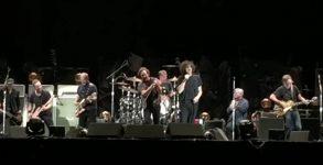 Pearl Jam, Soundgarden e MC5 tocam juntos