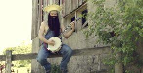 """Rob Scallon toca """"Fight Fire With Fire"""", do Metallica, com banjo"""