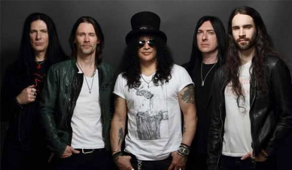 Slash anuncia DVD solo da turnê Living The Dream; assista o trailer
