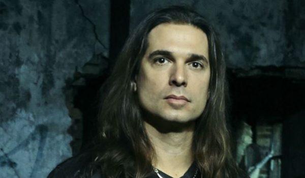 Kiko Loureiro relembra seu primeiro show com o Megadeth