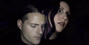 "Deafheaven e Chelsea Wolfe lançam clipe sombrio para ""Night People"""