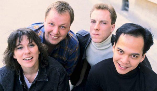 Pixies anuncia box comemorativo de Surfer Rosa e Come On Pilgrim