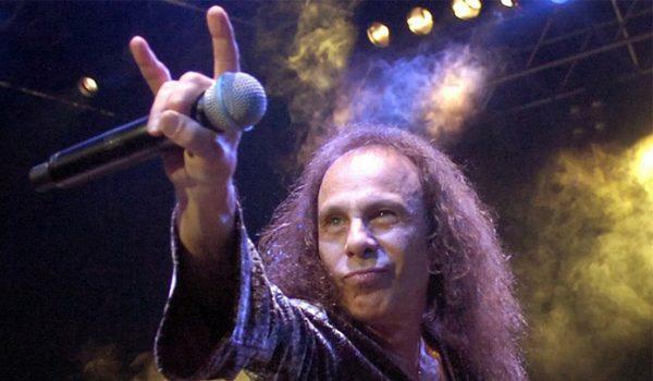 Ronnie James Dio terá tour em holograma em 2019