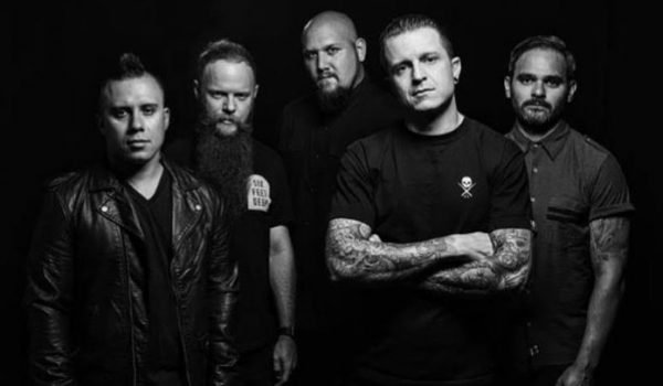 "Atreyu lança single ""The Time Is Now""; ouça aqui"