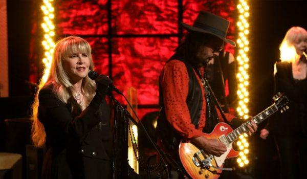 Fleetwood Mac estreia formação nova em programa de TV nos EUA