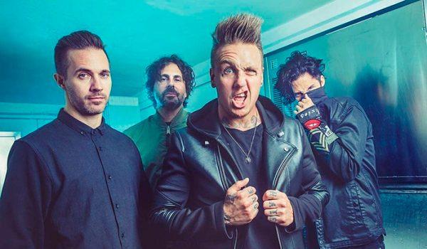 Papa Roach fala sobre derrubar barreiras na música e novo disco