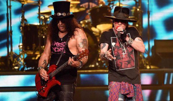 Slash confirma que Guns N' Roses tem material inédito para novo disco