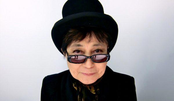 Yoko Ono grava releitura de clássico de John Lennon; ouça aqui