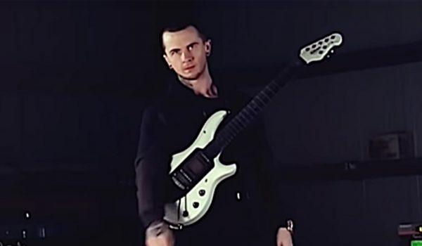 All That Remains revela guitarrista que irá substituir Oli Herbert em turnê