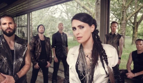 "Within Temptation divulga lyric video de novo single ""Firelight"""